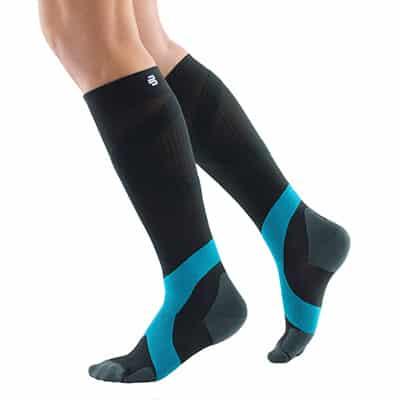 Svart/Blå Bauerfeind Compression Socks Bästa kompressionsstrumpan för uthållighet återhämtning och avlastar hälsena hälsenor