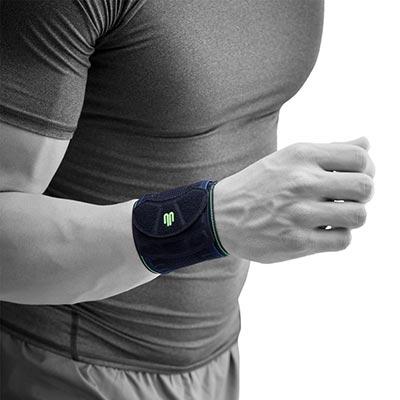 Bauerfeind Sports Wrist Strap Svart Handledsband som avlastar handleden vid överansträning och svaga handleder. Förebygger även skador